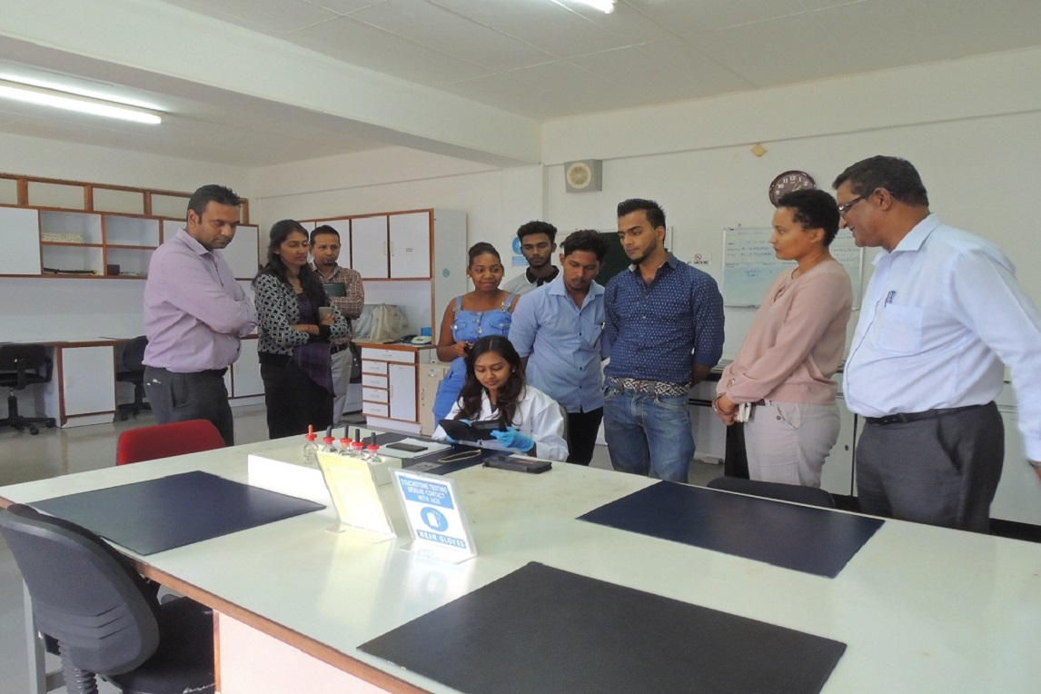 Visit of Students of Jewellery Design from FDI